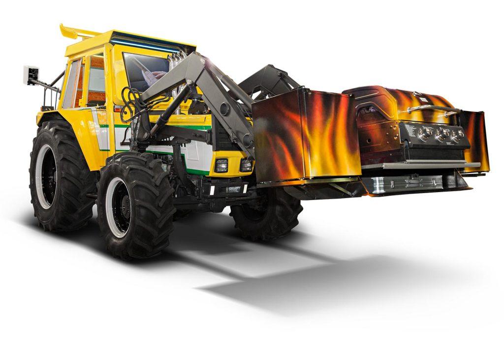 MANN Filter, fertig umgebauter Traktor mit Grill Schaufel und DJ Pult